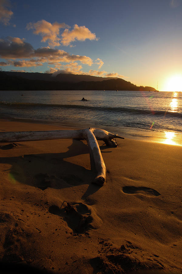 Sunset in Hanalei Bay 1 by John and Nicolle Hearne