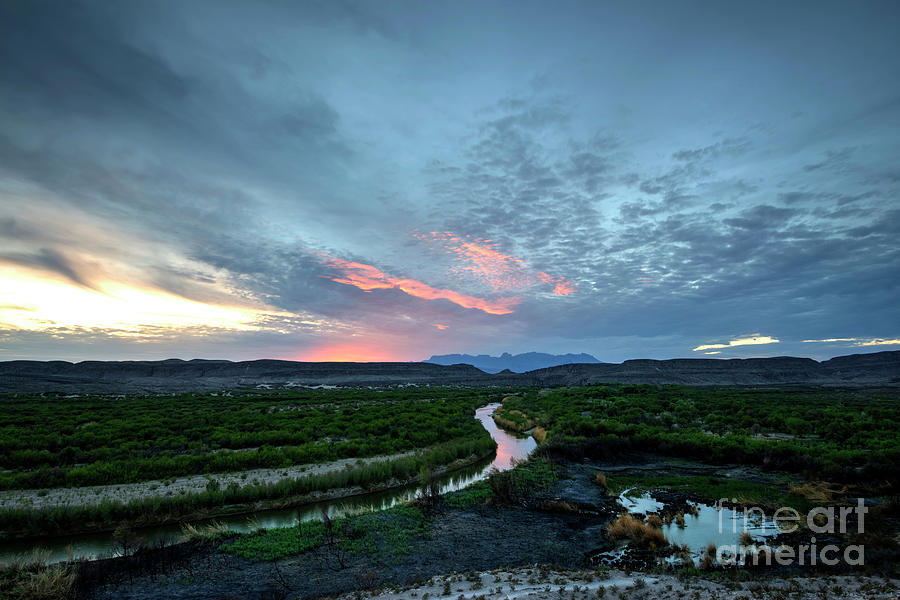 Rio Grande Photograph - Sunset On The Rio Grande by Joe Sparks