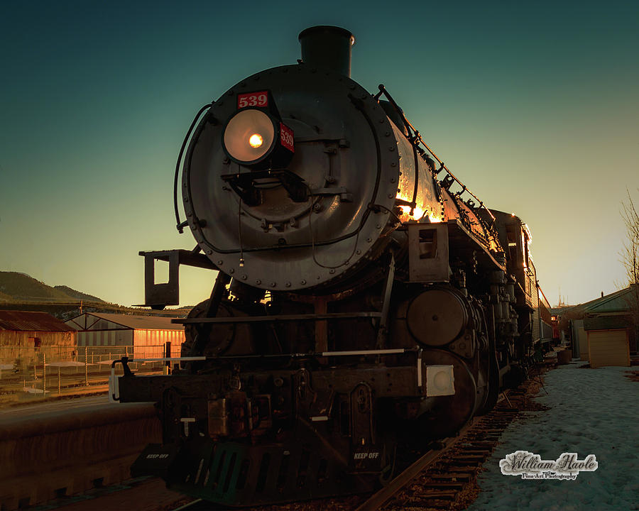 Sunset Steam Train 539 by William Havle