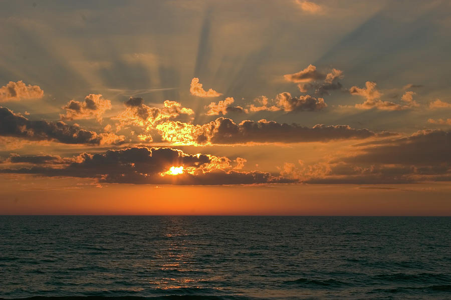 Sunset With Rays Of Light Photograph by Pablohart