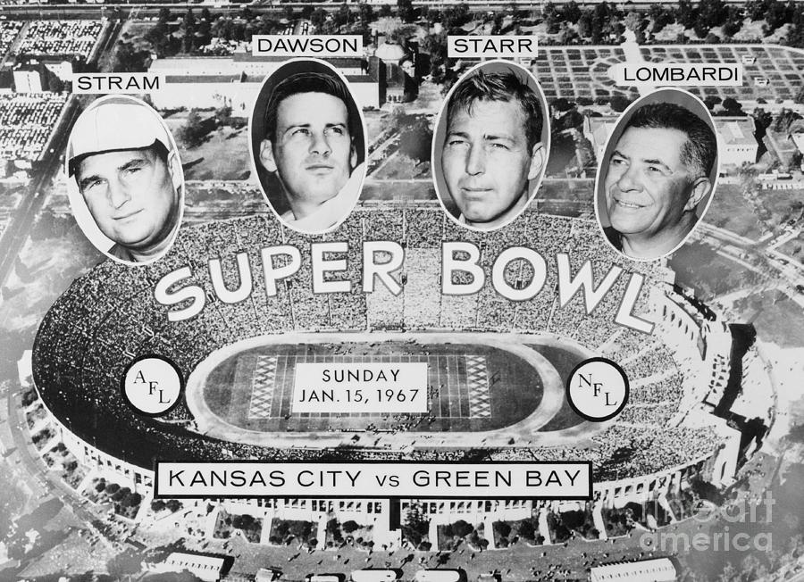 Super Bowl Advertising Football Teams Photograph by Bettmann