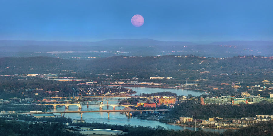 Super Moon Over Chattanooga by Steven Llorca