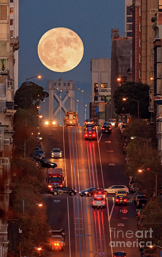 Supermoon At California Street Photograph by Spondylolithesis