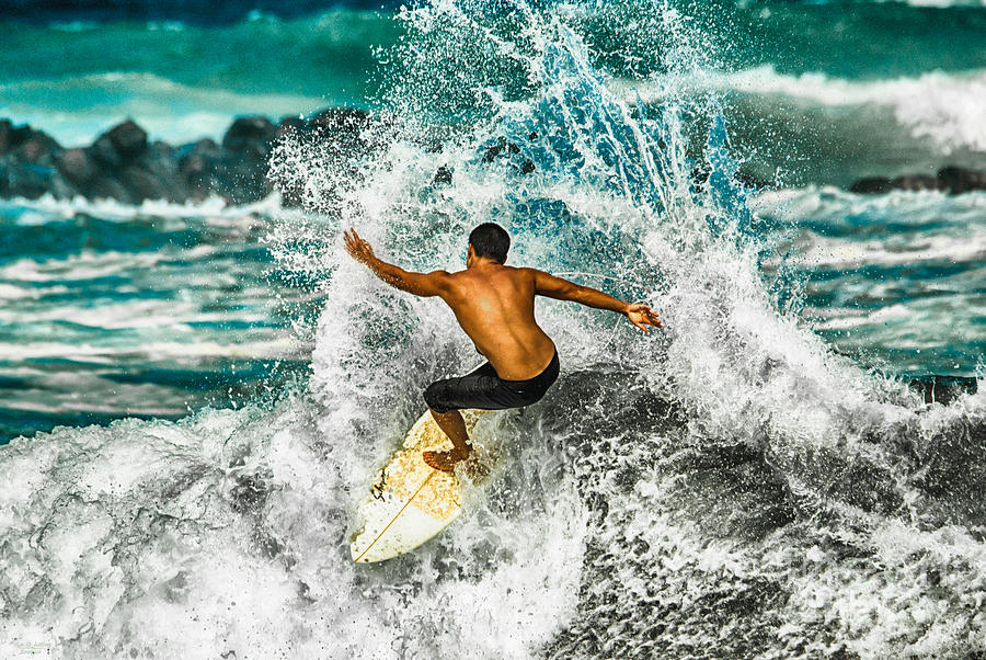 Surf Splash by Eye Olating Images