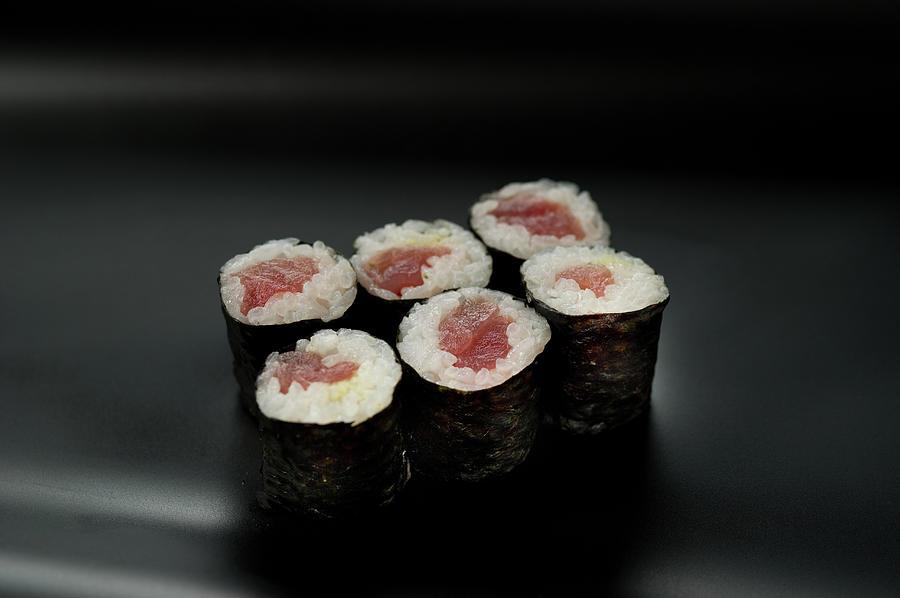 Sushi Tekkamaki Photograph by Ryouchin