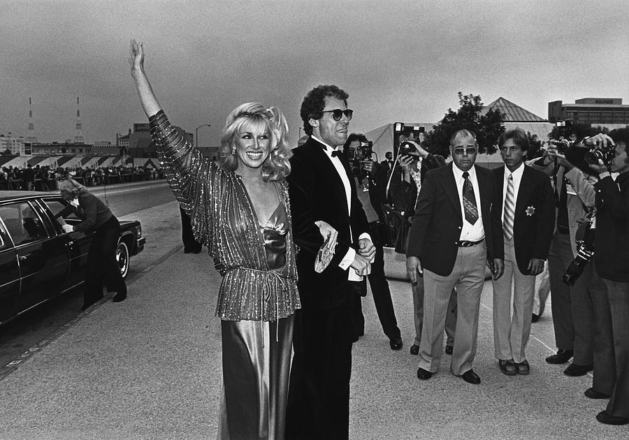 Suzanne Somers Arrives At The Emmy Photograph by George Rose