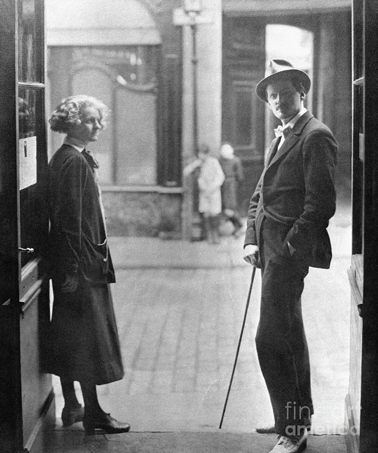 Sylvia Beach And James Joyce In Paris Photograph by Bettmann