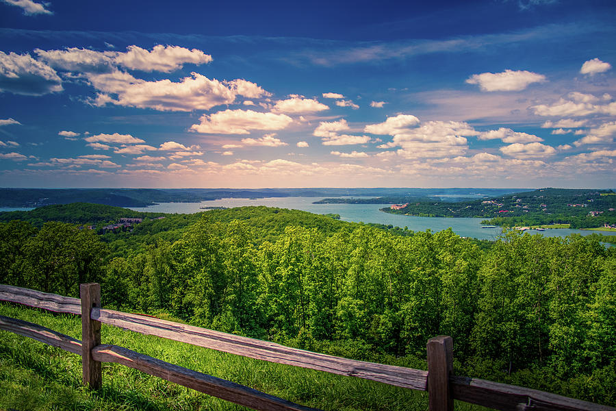 Table Rock Lake, Branson, Missouri by Allin Sorenson