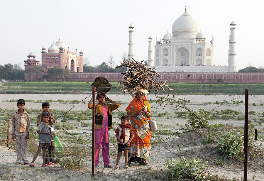 Taj Mahal 02 Photograph by Nick Dolding