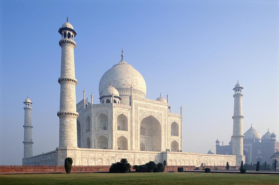 Taj Mahal, Agra, Uttar Pradesh, India Photograph by Frans Lemmens