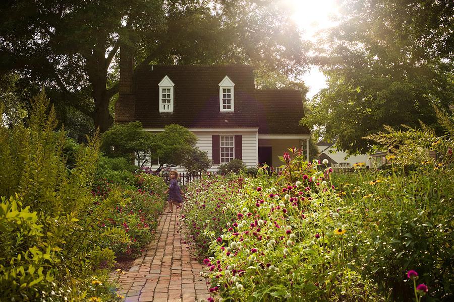 Taliaferro-Cole Garden in the Summertime by Rachel Morrison