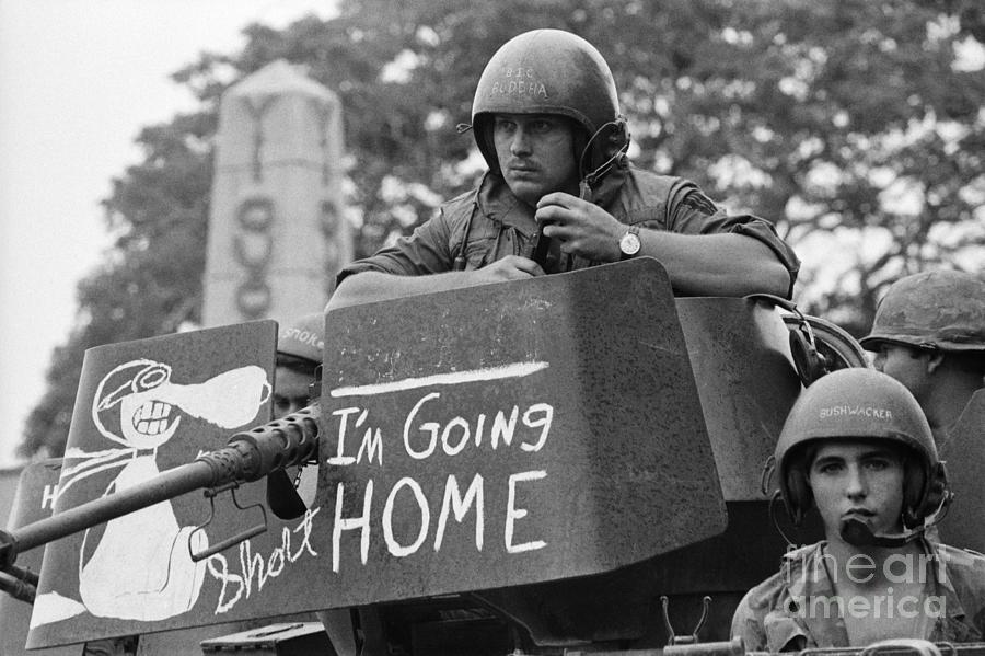 Tank Crews Sign Photograph by Bettmann
