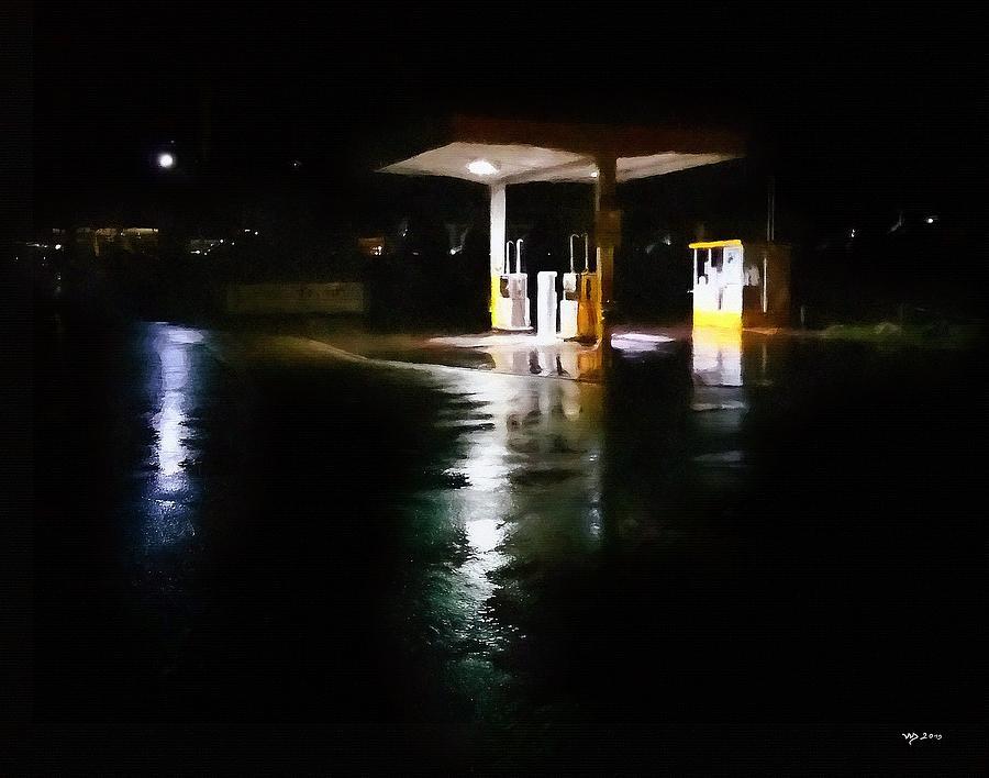 Tankstelle bei Nacht by Wolfgang Schweizer