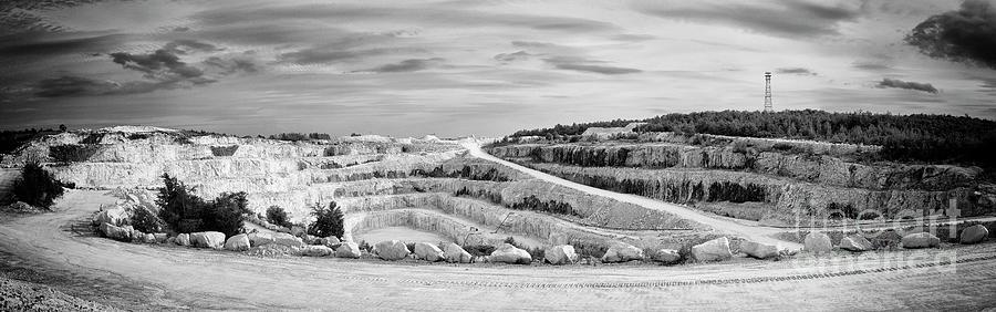Tatlock Quarry by RicharD Murphy
