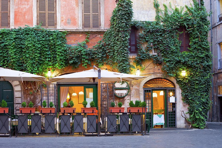 Tavern, Rome, Italy Photograph by Benedek