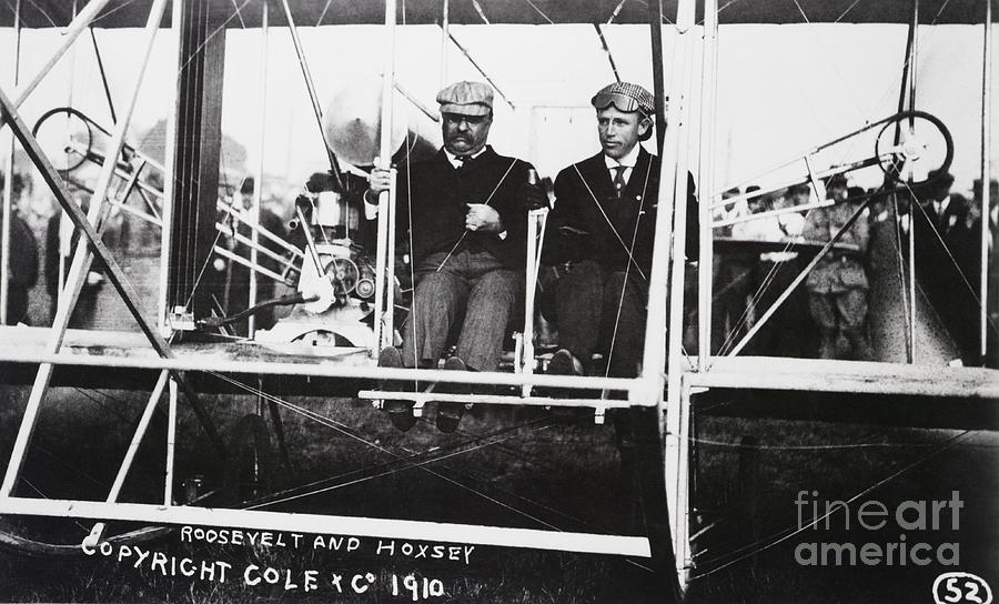 Teddy Roosevelt And Arch Hoxsey In Plane Photograph by Bettmann