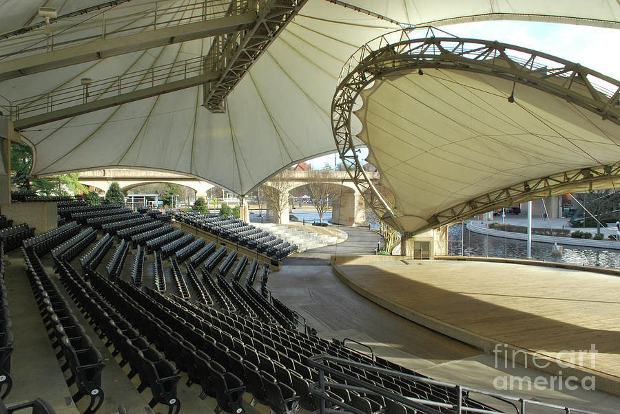 Knoxville Photograph - Tennessee Amphitheater by Phil Perkins