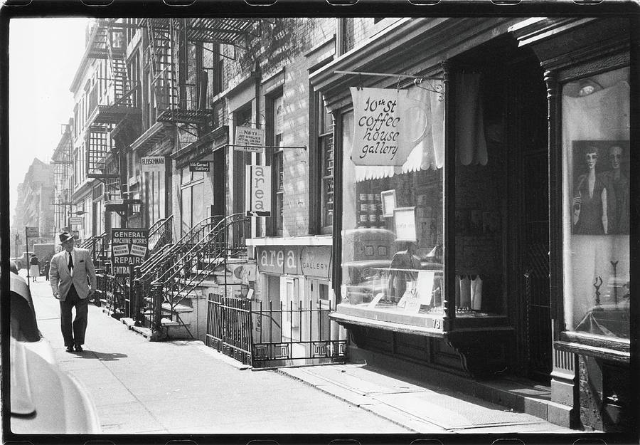 Tenth Street Art Galleries Photograph by Fred W. McDarrah