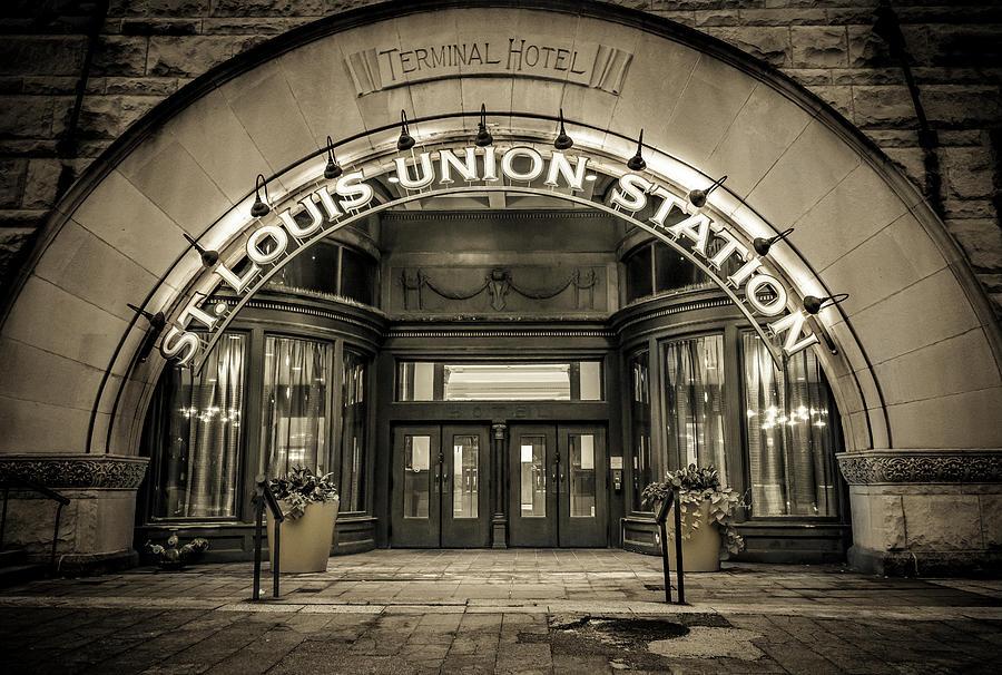 Terminal Hotel - St. Louis by Randall Allen