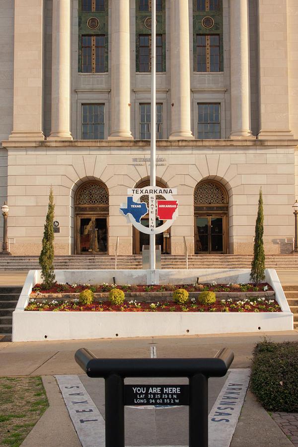 Texarkana Court House by Eugene Campbell