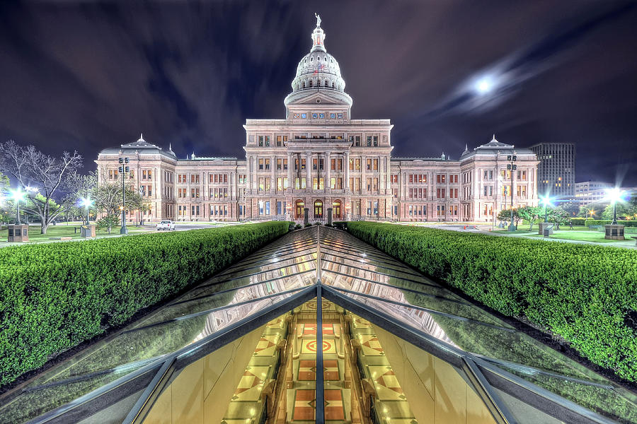 Texas Capitol In Early Morning Photograph by Evan Gearing Photography