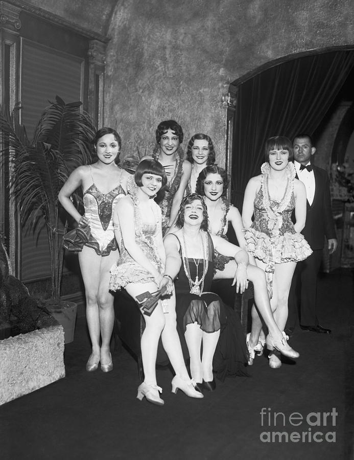 Texas Guinan And Some Of Her Showgirls Photograph by Bettmann