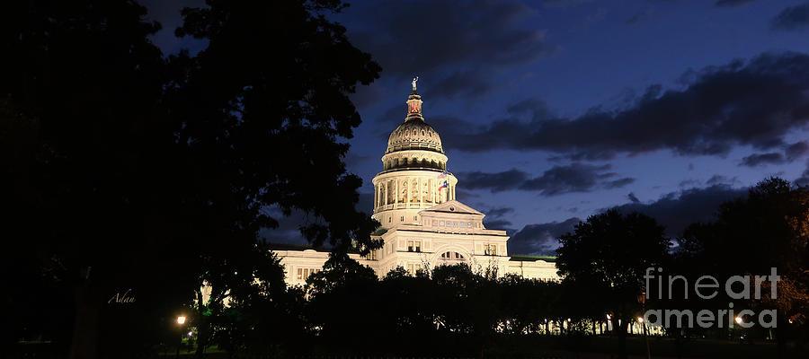 Texas State Capital Photograph - Texas State Capital Dawn Panorama by Felipe Adan Lerma