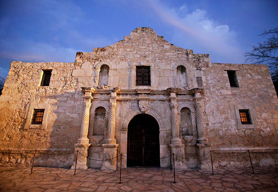 The Alamo, San Antonio, Texas Photograph by Wesley Hitt