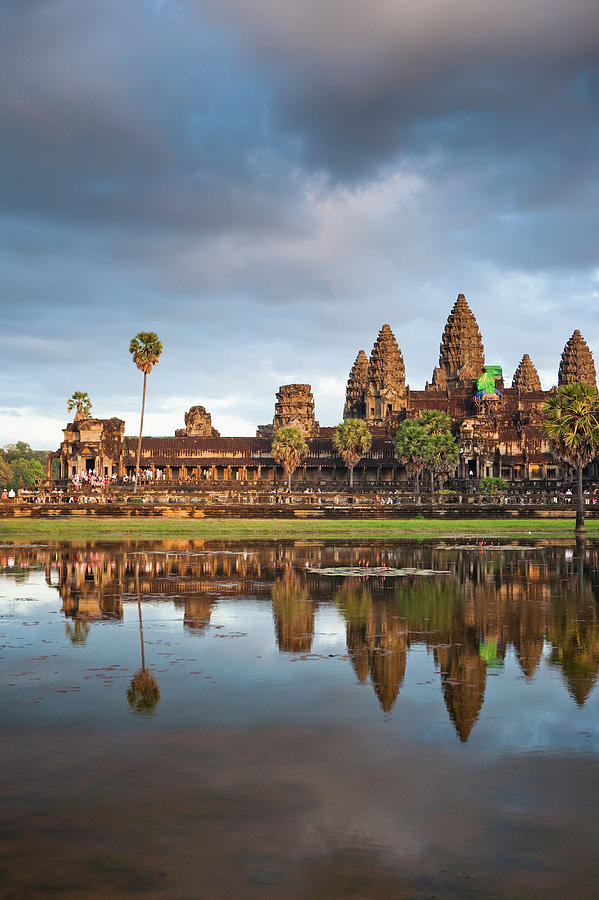 The Angkor Wat Temple At Sunset Photograph by Matthew Micah Wright