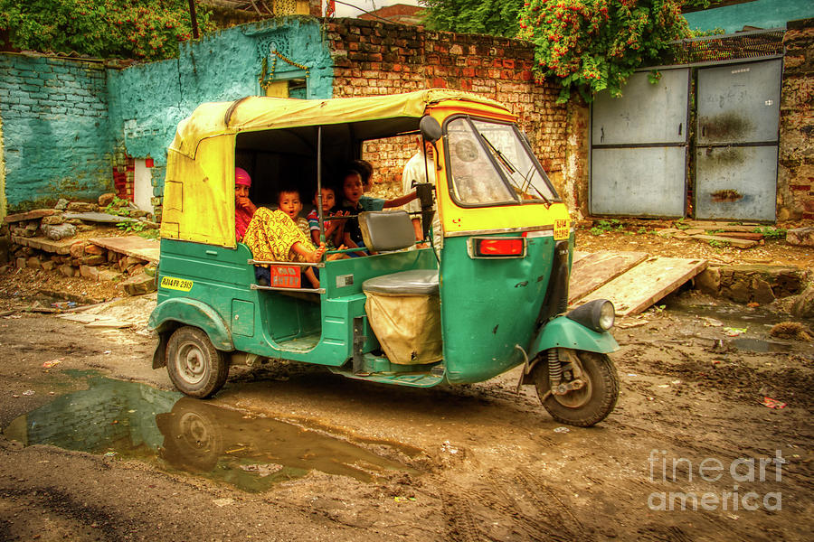 The Bajaj Auto-rickshaw in India by Stefano Senise