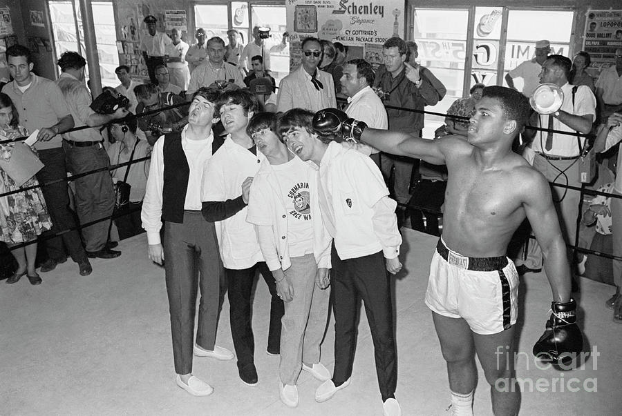 The Beatles Training With Boxer Cassius Photograph by Bettmann