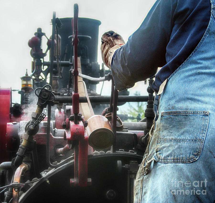 Rumely Photograph - The Boss  by Steven Digman