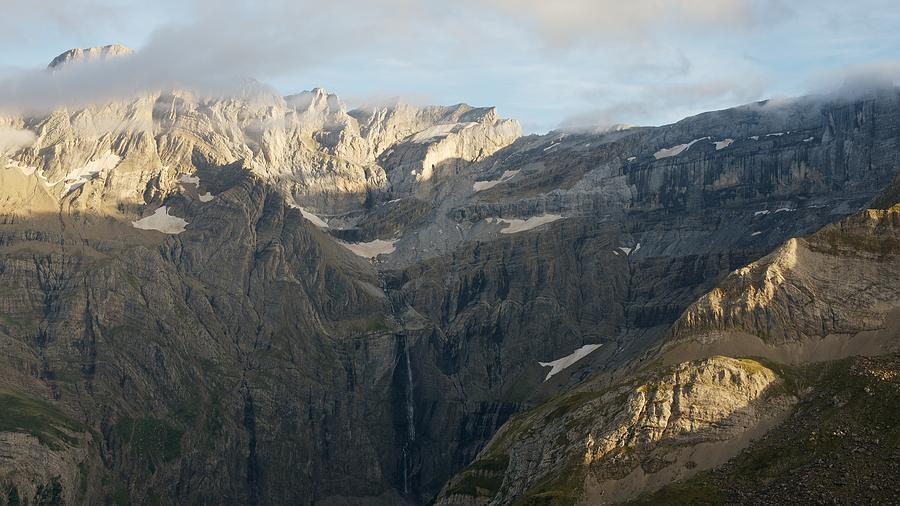 The Cirque de Gavarnie by Stephen Taylor