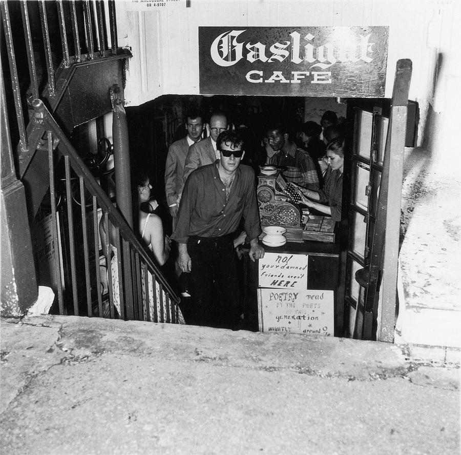 The Entrance To The Gaslight Cafe Photograph by Fred W. McDarrah