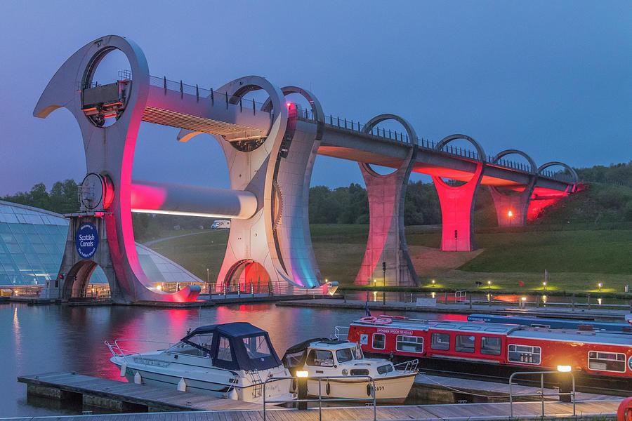 The Falkirk Wheel by ReDi Fotografie