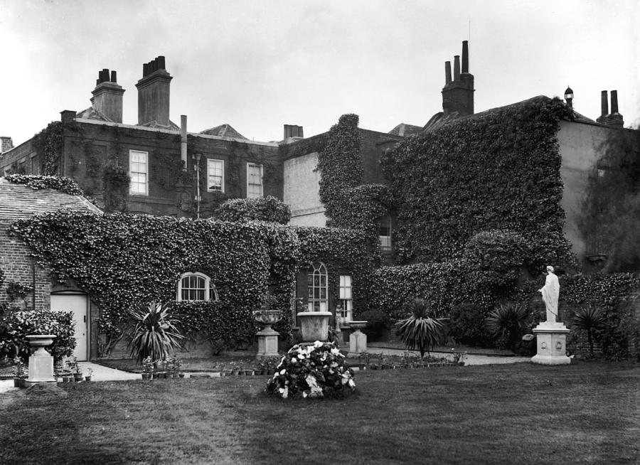 The Grange Photograph by Hulton Archive