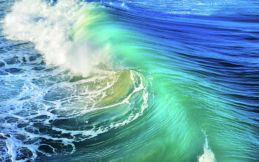 Waves Photograph - The Great Wave by Laura Fasulo
