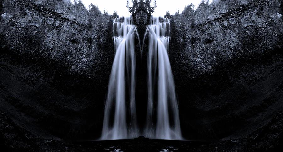 Design Photograph - The King Of Salt Creek Falls by Pelo Blanco Photo