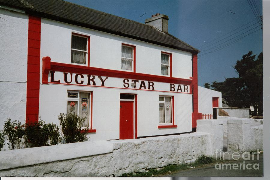 The Lucky Star Bar, Kilronan, Aran by Val Byrne