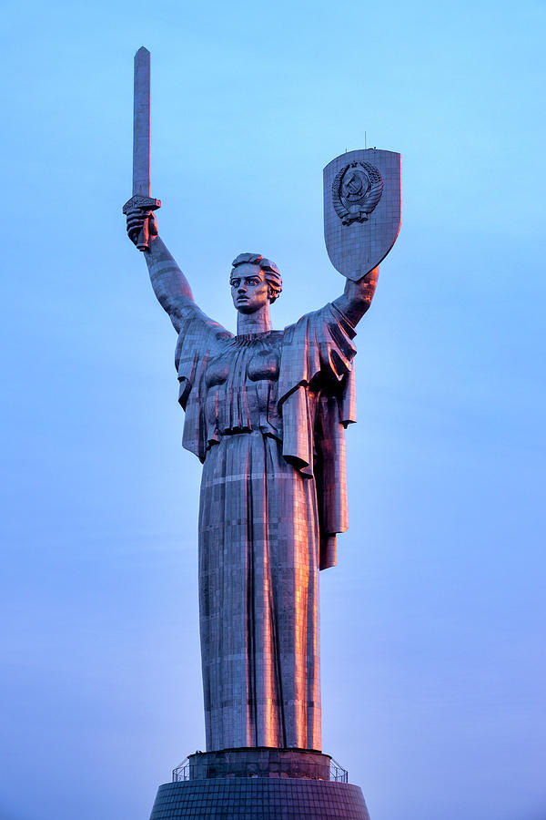 The Motherland Monument by Fabrizio Troiani