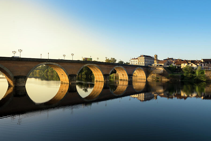 The old bridge over the Dordogne River at Bergerac by RicardMN Photography