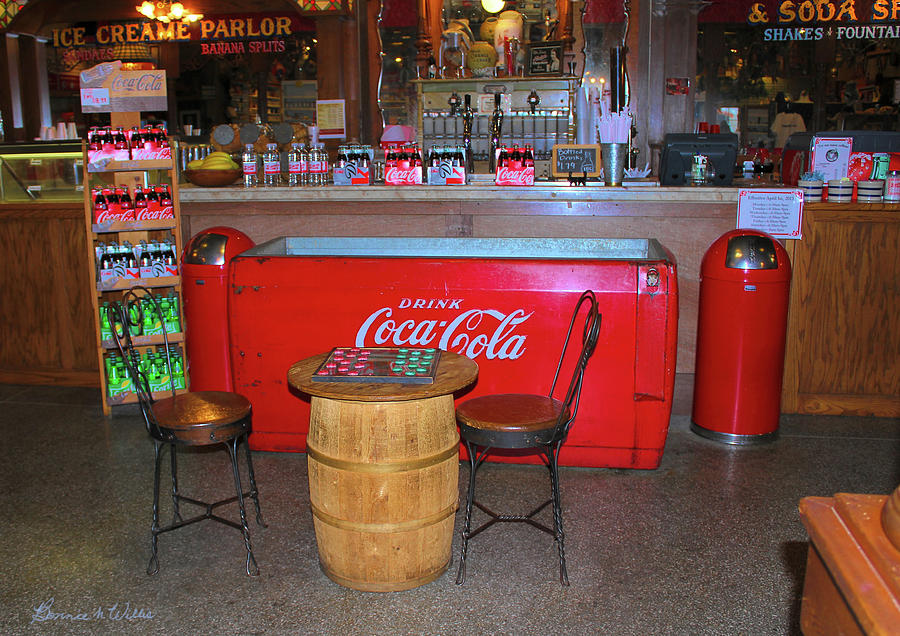 The Old Days of Coca Cola by Bonnie Willis