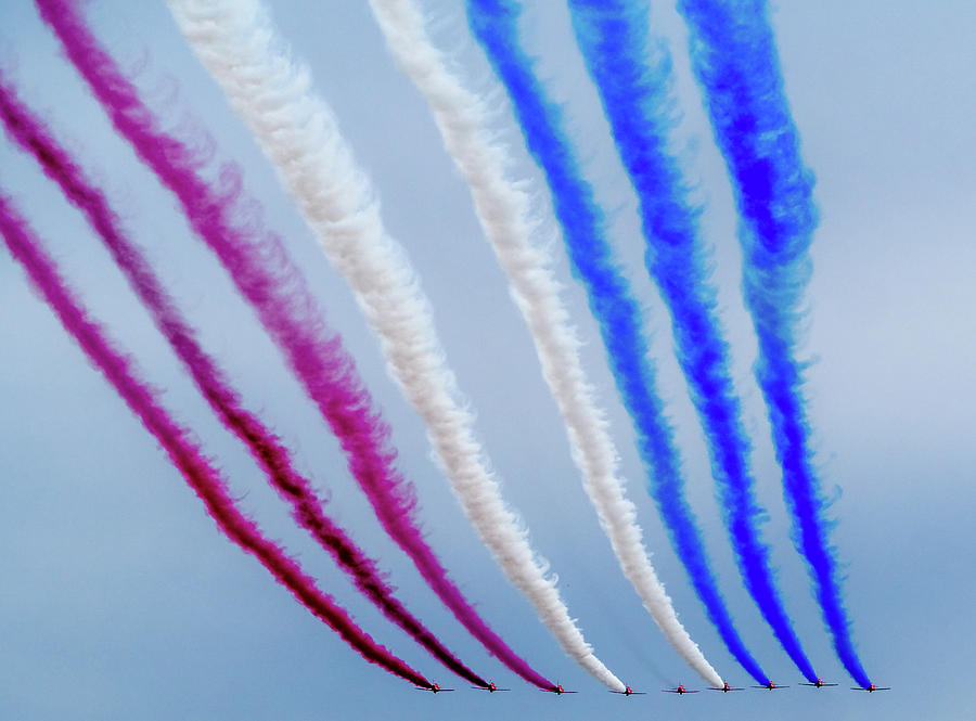 Red Arrows Photograph - The Red Arrows. by Angela Aird