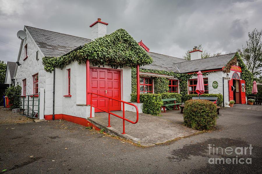 The Red Fox Inn by Eva Lechner