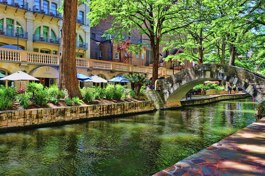 The River Walk - San Antonio by Allen Beatty