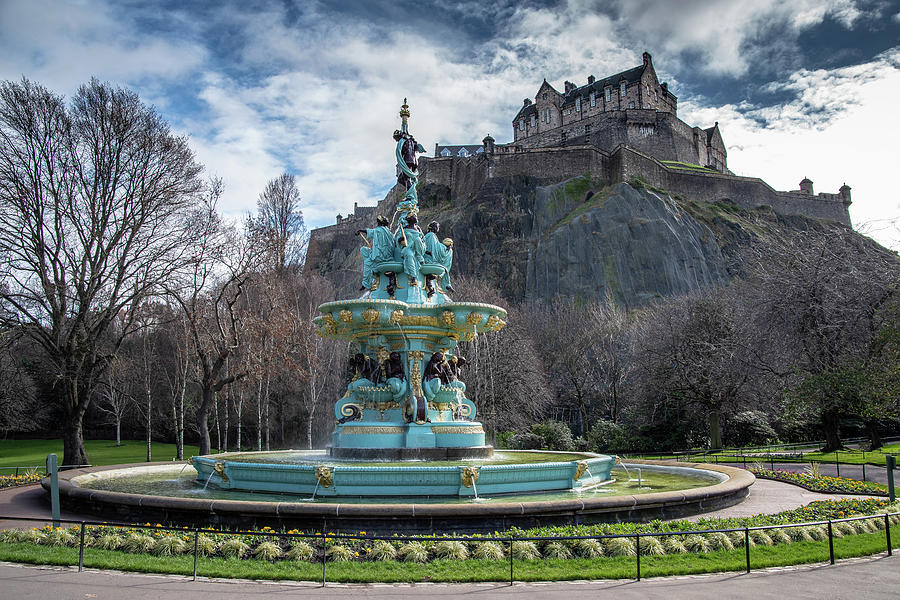 The Ross Fountain and Edinburgh Castle by Ross G Strachan