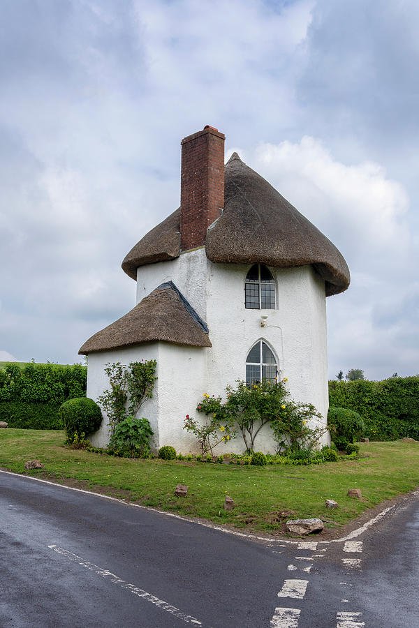 Roundhouse Photograph - The Roundhouse by Steev Stamford