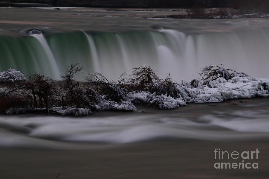 Wny Photograph - The Silky Horseshoe Falls by Tony Lee