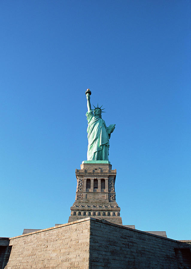 The Statue Of Liberty Photograph by Imagenavi