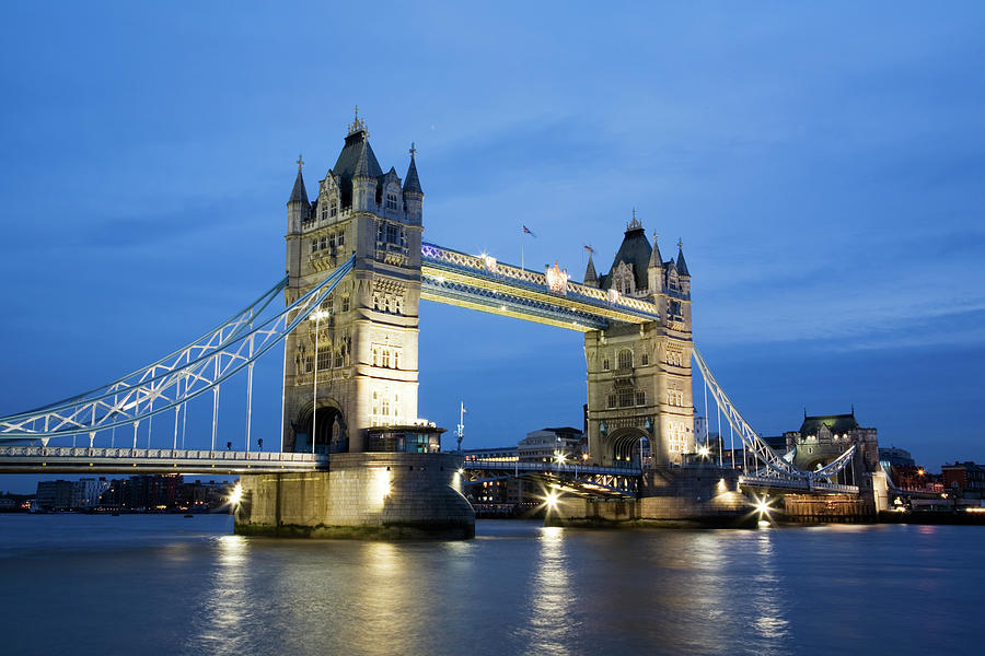 The Tower Bridge In London At Dusk Photograph by Uyen Le